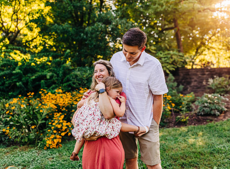 Sunrise Family Photography Session at Knoxville Botanical Gardens...