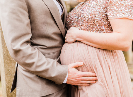 Glamorous Maternity Session at The Bleak House in Knoxville, TN