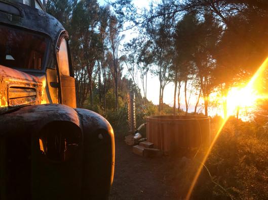 Hot_Tub_Sunrise_3.jpg