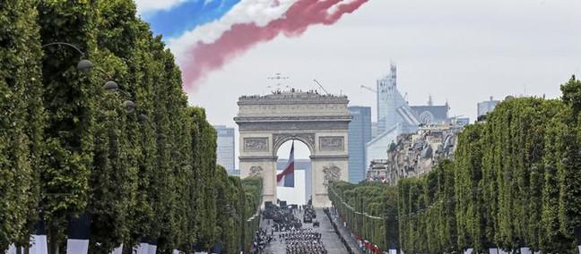 La Francia nell'anno del Covid: fra dubbi e «grandeur»