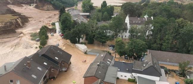 Germania, l'alluvione mette alla prova i partiti