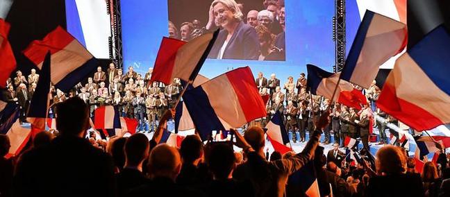 La destra francese tra seduzione Macron e contrattacco Le Pen