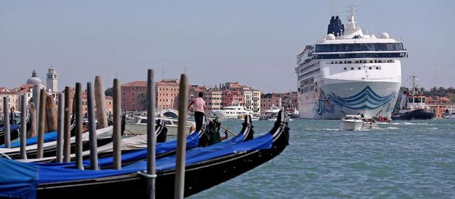 Venezia è fatta per le gondole