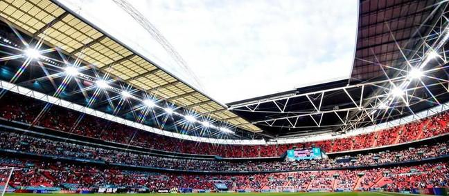 Wembley, la finale Inghilterra-resto d'Europa