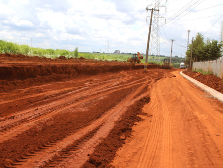 Rua Isabela Ferro recebe obras de pavimentação e alargamento