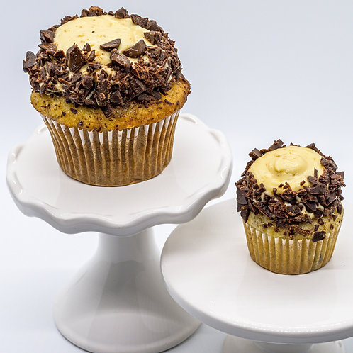 Banana Chocolate Chip Cupcake