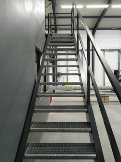 escalier marches caillebotis