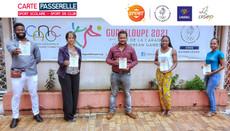 Remise des cartes passerelles en Guadeloupe