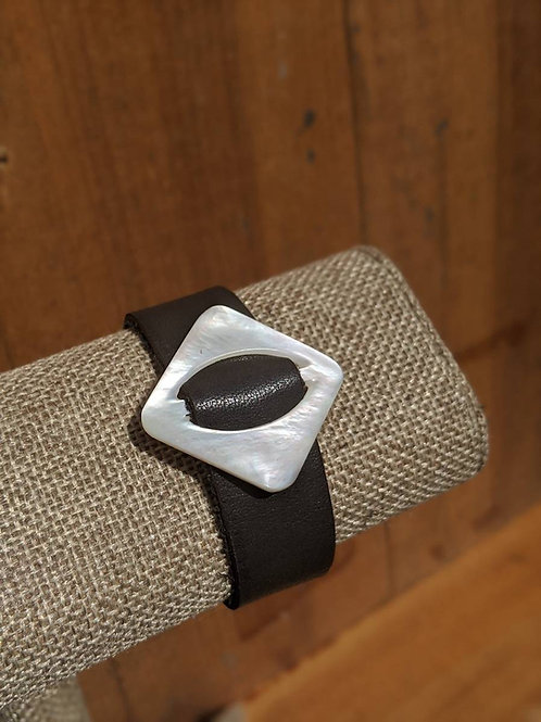 Single wrap recycled leather bracelet with vintage buckle