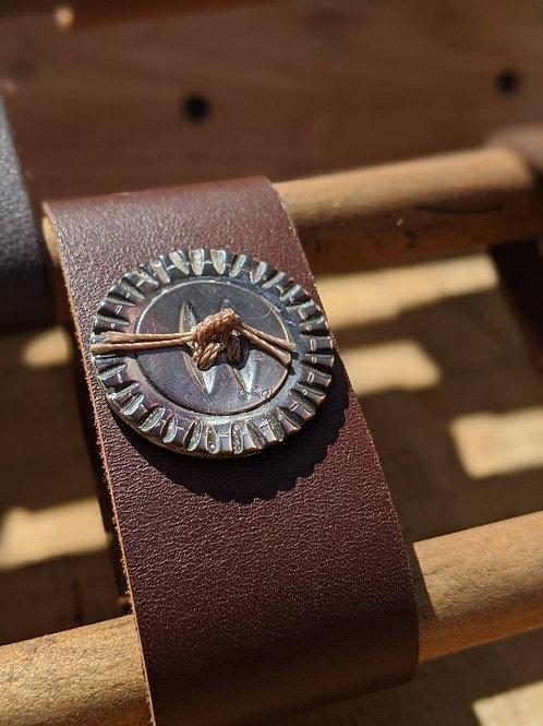 Vintage button recycled leather bracelet