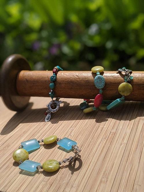 Chalcedony and jade bracelet