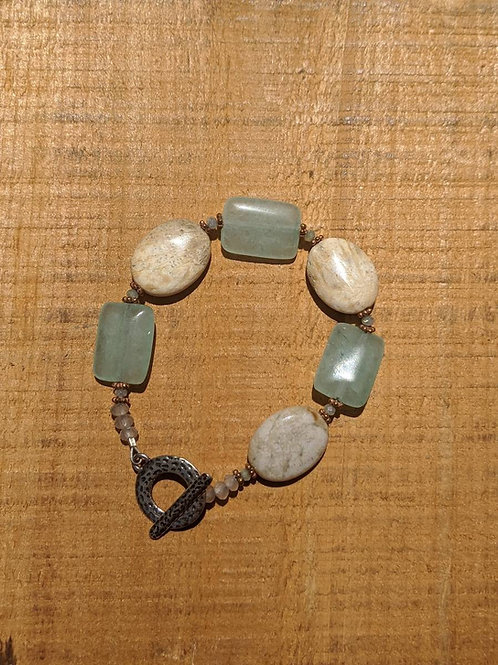 Agate and chalcedony bracelet