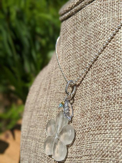 Lucite flower pendant