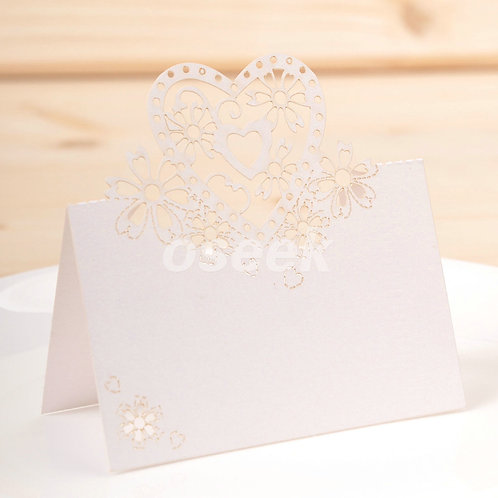 50pcs Love Heart Wedding Table Name Cards