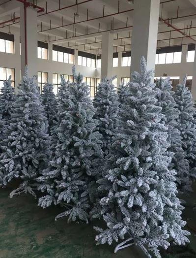 10 x 1.8mtr Christmas Tree _ lights