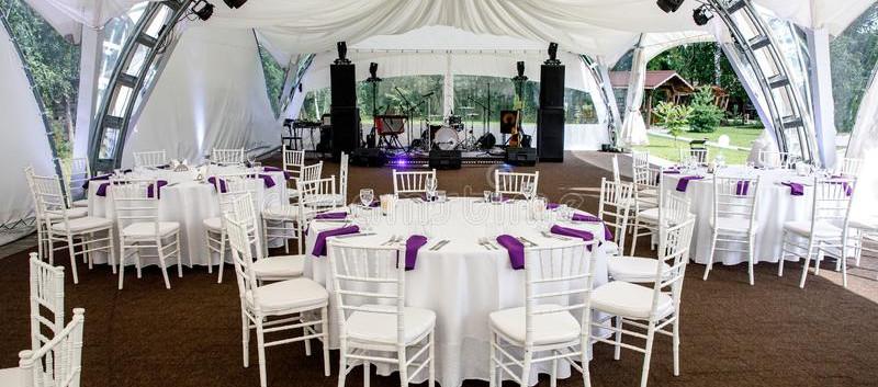 interior-event-tent-decoration-ready-gue