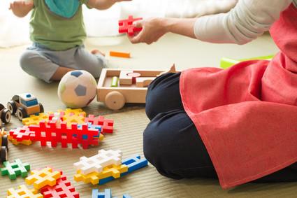 Education Montessori : comment l'appliquer à la maison ?