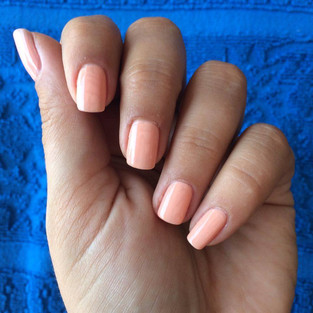 The perfect pastel mani for the summer