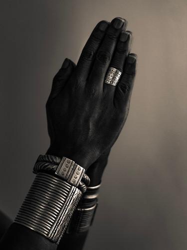 african jewellery-4.jpg