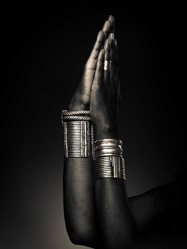 african jewellery-2.jpg