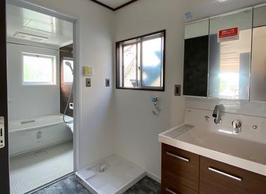 お風呂と一緒に【洗面室リフォーム事例】
