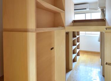 家具で作るひとりひとりのスペース【部屋を仕切る家具の制作事例】