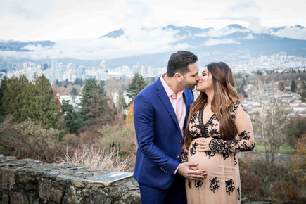 Pregnancy photography in Vancouver