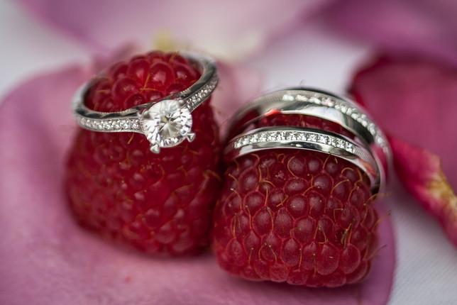 wedding rings photographer