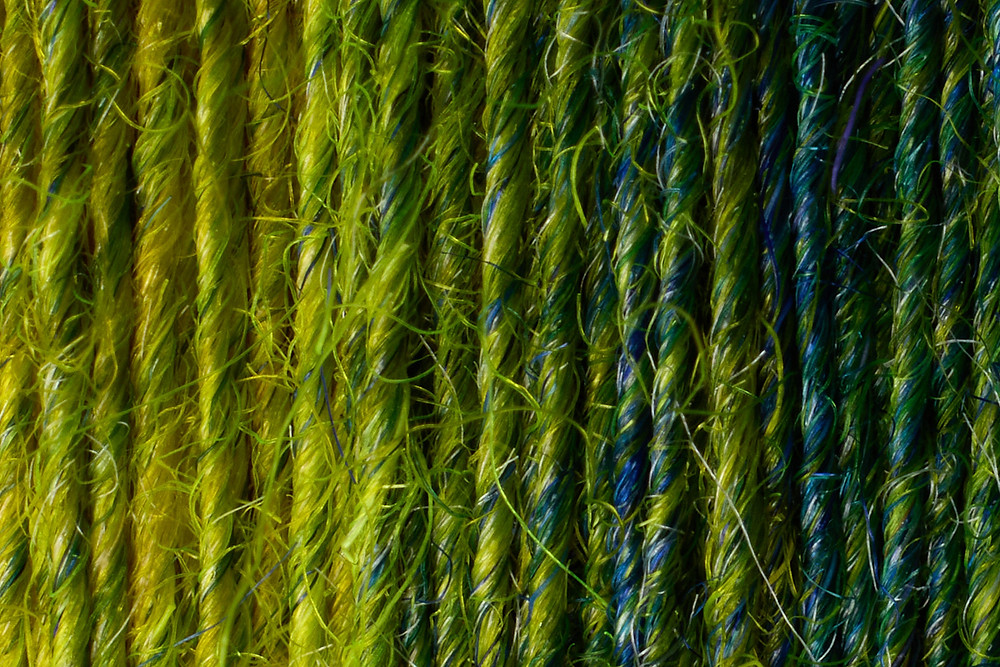 Yarn Singles at 100% resolution taken with a macro lens