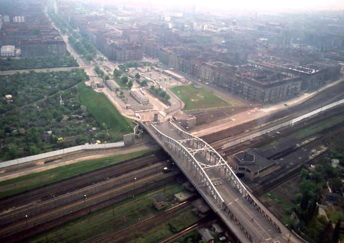Bösebrücke_Stiftung Berliner Mauer_Weg