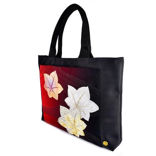 Momiji Tote Bag