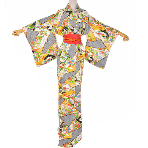 Japanese Vintage Silk Floral Shibori Kimono/Mint Condition Kimono
