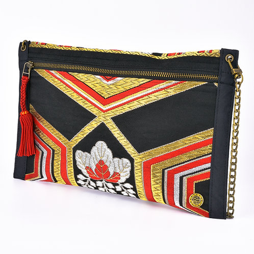 Red & Black Thin Art Zipper Clutch