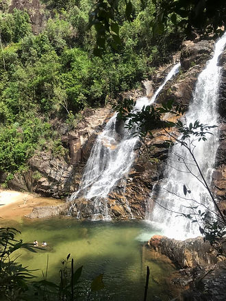 Lata Tembakakah Waterfalls 1.jpg