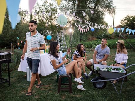 Backyard-Outdoor-Party-Summer-Edition-Ho