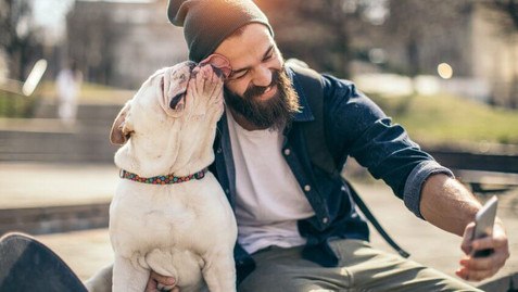 bachelor-guy-taking-selfie-with-his-dog-