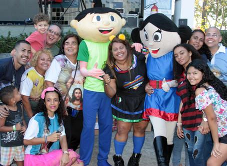 Festa do dia das Crianças e Apresentação do cantor Elymar Santos.