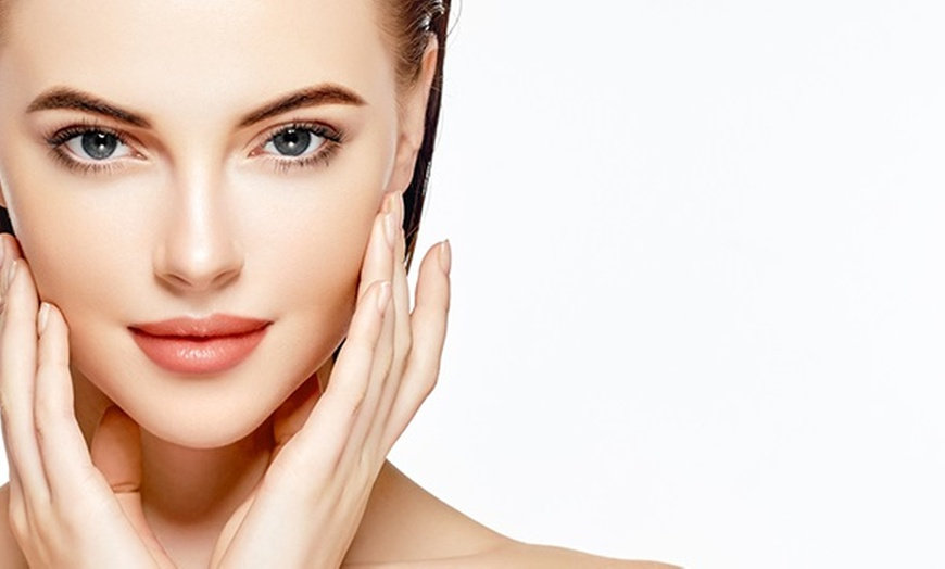 Microdermabrasion Treatment  with Mask
