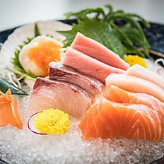 Sashimi platter for 2 pax
