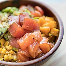 Salmon poke salad