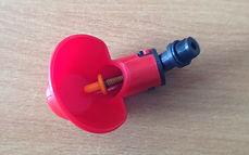 Поилка микрочашка с резьбой М12,1 с резин(силикон) клапаном