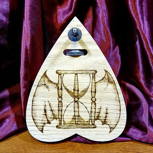 Oak Tempus Fugit Automatic Writing Planchette Winged Hourglass horizontal grain