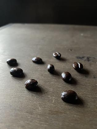 グアテマラ エスペランサ ラ ベガ:透明感のある甘み、すっと消えていく余韻。  冷めてくにつれてどんどん味わいを増していく素晴らしいロット。  同じエスペランサ農園のNaturalもございます。珈琲calimaの提供するグアテマラコーヒー