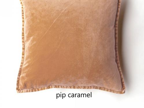 Coussin Pip en velours stonewashed Caramel
