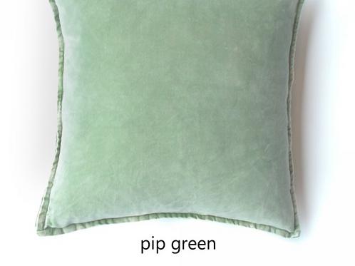 Coussin Pip en velours stonewashed Green