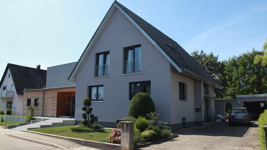 Umbau - Einfamilienhaus zu Zweifamilienhaus