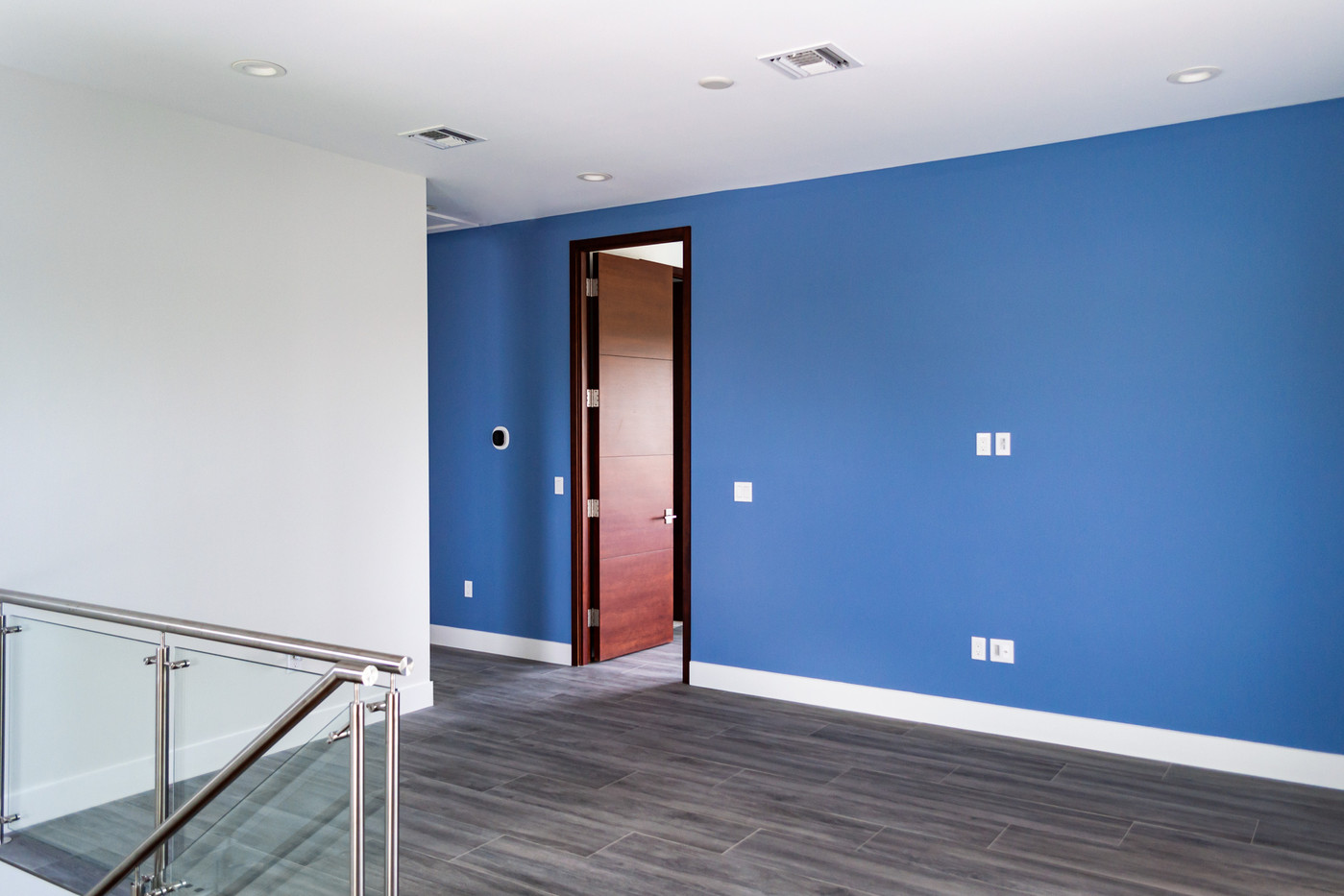 Xanadu-Room-door.jpg