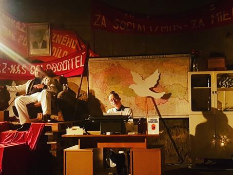 Divadelný November 89