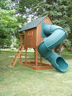 playhouse_rear