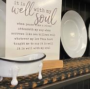 Dishes & kitchen decor